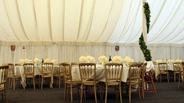 Tables de mariage (banquet)