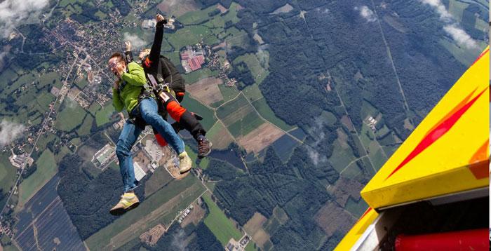largage-parachute-lyon