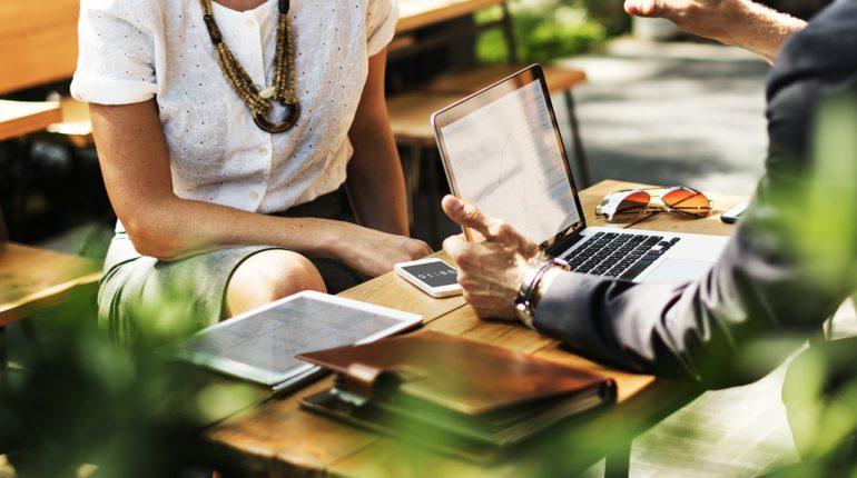 La technologie React Native est très utile aux agences de développement mobile.