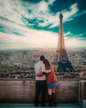 escapade couple paris