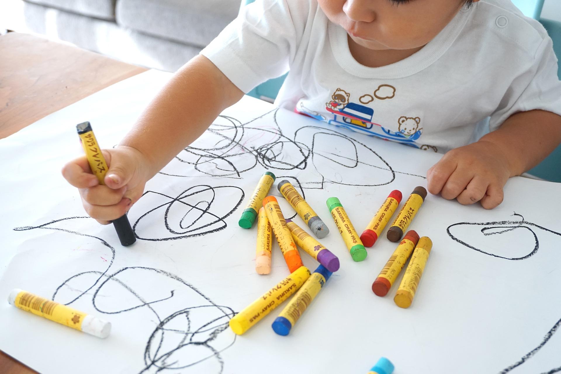 Initiation à l'art chez les enfants